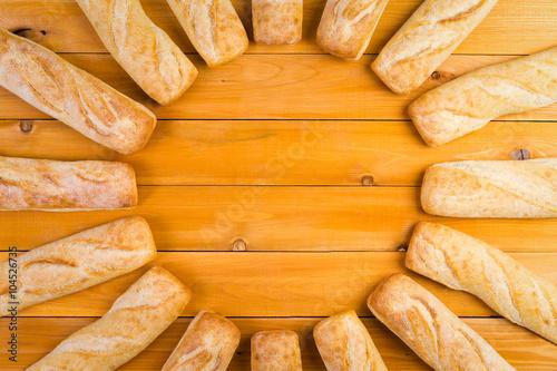 Fotografia, Obraz  Circular frame of freshly baked French bread