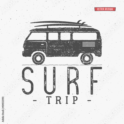 Photo  Surf trip concept Vector Summer surfing retro badge