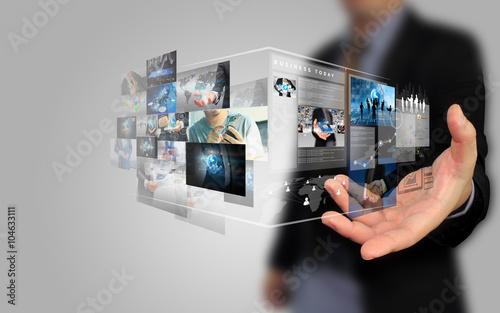 Fotografía  businessman holding social media concept.
