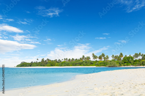 Deurstickers Tropical strand Landscape of tropical island with nice beach