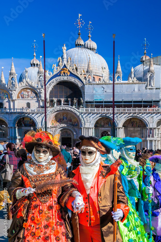 Foto op Aluminium Carnaval Venice with carnival masks against Mark's Square in Italy