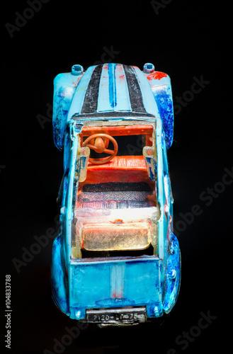 Fotografía  altes Modellauto 2CV
