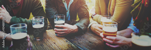 Fotobehang Bar Diverse People Friends Hanging Out Drinking Concept