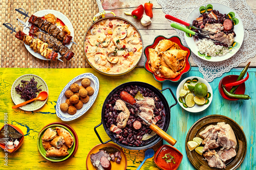 Foto  Freshly cooked feast of Brazilian dishes