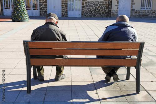 Photo personas mayores sentadas pareja 0788-f16