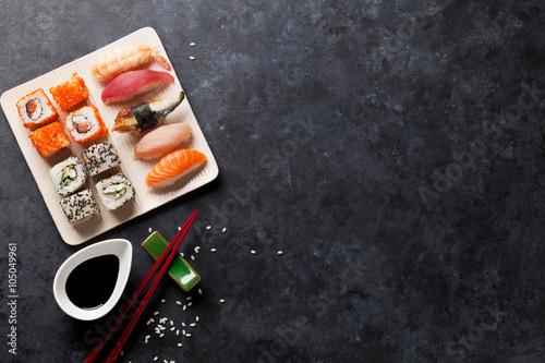 Fototapeta Set of sushi and maki obraz