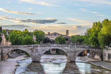 Fototapeta Sunrise on Tiber Island
