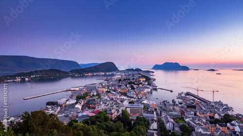 Staande foto Scandinavië Cityscape of Alesund, Norway