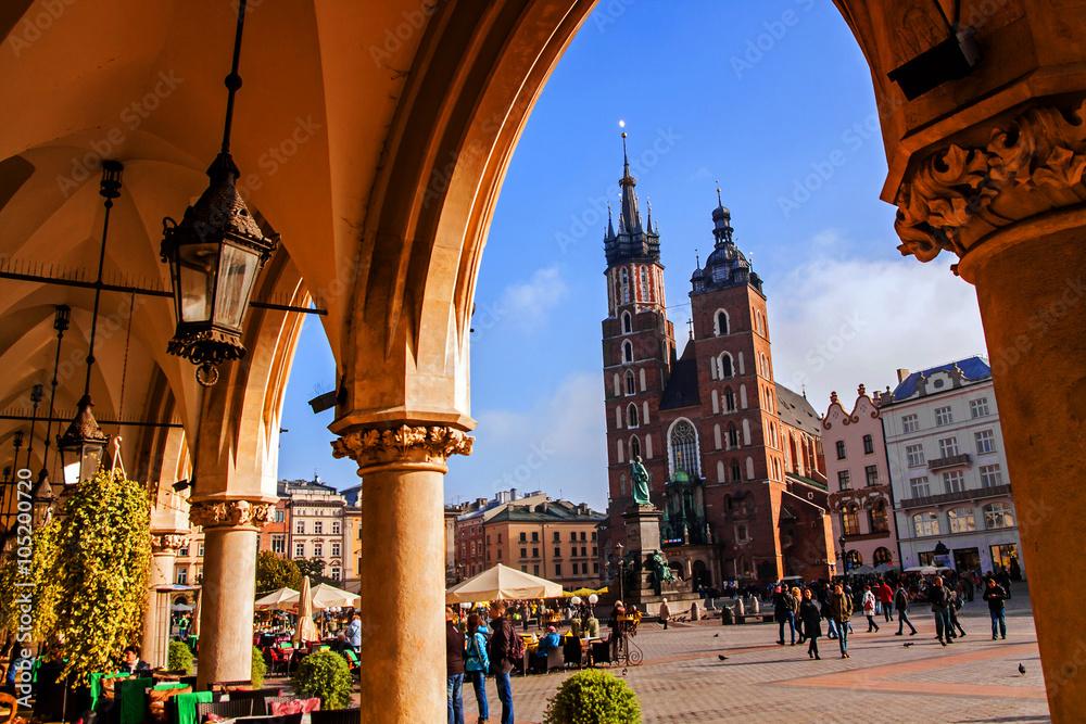 Fototapety, obrazy: Saint Mary Basilica in Krakow