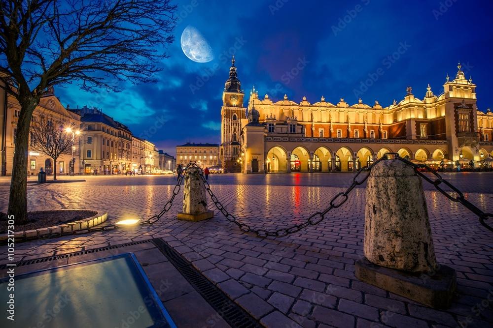 Główny Rynek w Krakowie nocą - obrazy, fototapety, plakaty