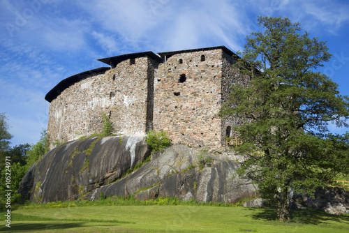 In de dag Noord Europa Medieval castle-fortress of Raseborg sunny june day. Snappertuna, Finland