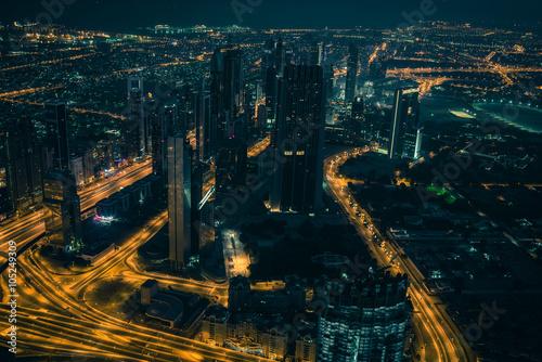 Photo  Dubai downtown night scene with city lights