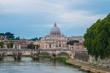 Widok na Watykan z mostu Umberto I
