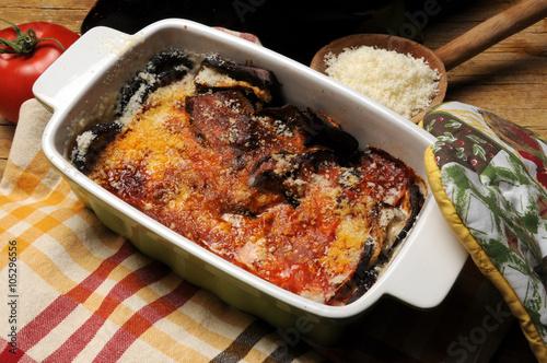 Spoed Foto op Canvas Pizzeria Baked eggplant