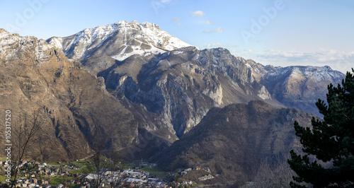 Foto auf Gartenposter Gebirge north western side of Resegone range