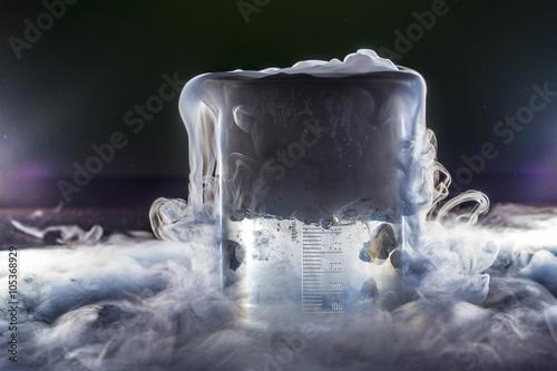 niebla y niebla con hielo seco Canvas Print