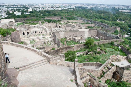 Photo  Aerial view of a sprawling part of the Golconda Fort