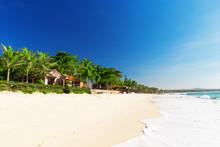 Mui Ne White Sandy Beach, Viet...