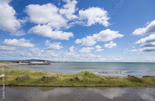 Photo  Landscape of Dublin bay  seacoast. Irishtown, Ireland
