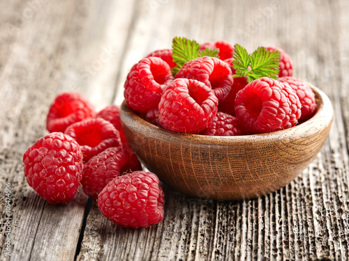 Fotografering  Fresh raspberry