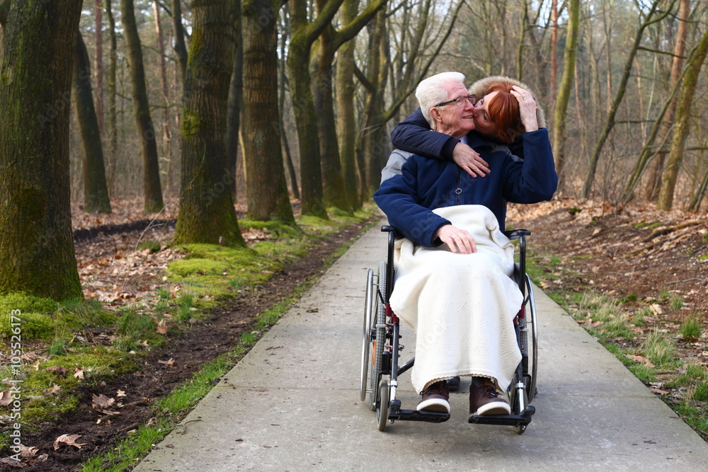 Alter mann kuss