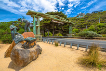 The Great Ocean Road Memorial Archway Was Built To Commemorate The 3,000 Soldiers Returned From World War I Who Built The Road Between 1918 - 1932. The Arch Is Located 5 Km West Of Aireys Inlet
