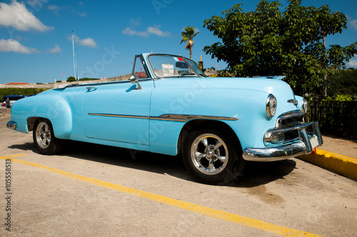 Poster Vintage voitures Traditional cuban car, retro american oldtimer.