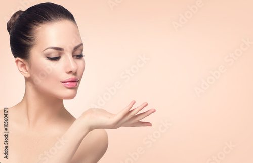 Beauty spa woman with perfect skin Fotobehang