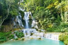 Tat Kuang Si Waterfall (Tat Kuangsi), Luang Prabang, Laos