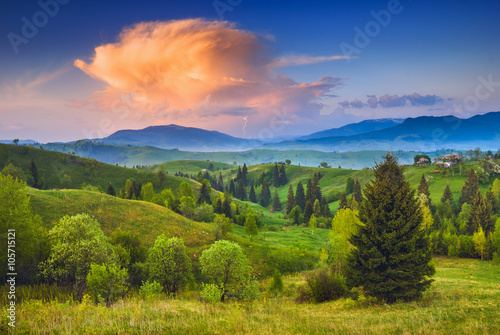 Poster Texas Red cloud in a Carpathian sky