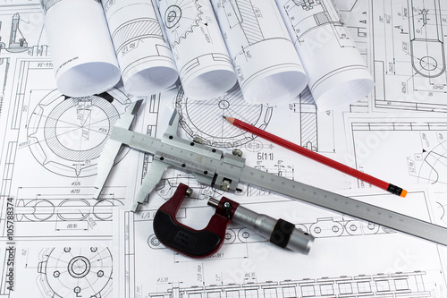 Fotografía  Ingeniería y producción. El diseño y los dibujos.