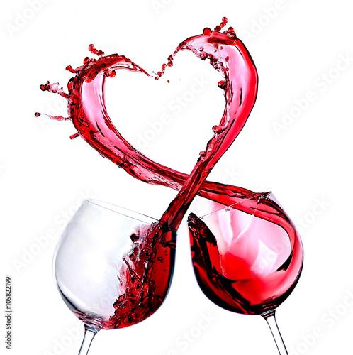 Cuadros en Lienzo  Two glasses of red wine. Heart Splash