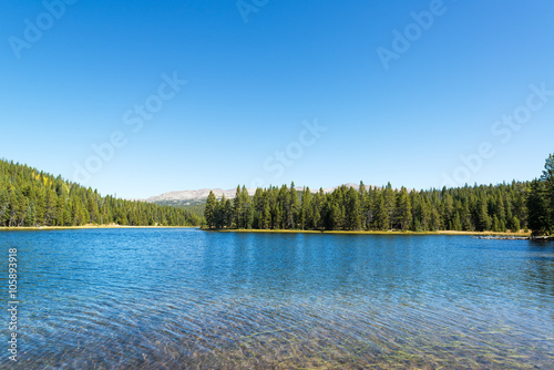 Tuinposter Meer / Vijver View of West Tensleep Lake in Wyoming
