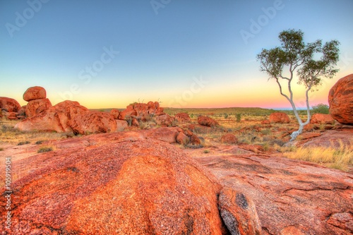 Photo Stands Coral Karlu Karlu - Devils Marbles in outback Australia