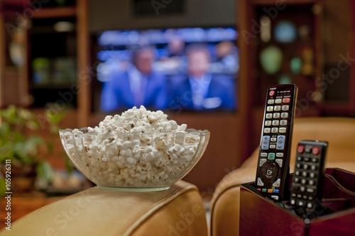 Obraz na płótnie Watching football on TV