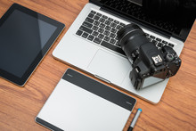 DSLR Digital Camera With Table...