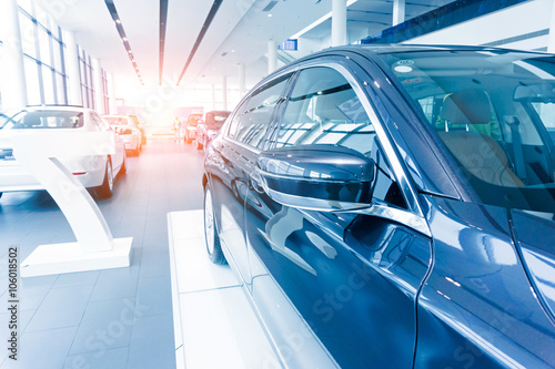 Fototapeta Modern car sales showroom obraz na płótnie