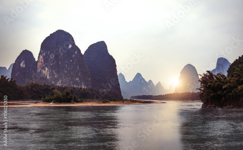 Deurstickers Guilin Sunset landscape of yangshuo in guilin, China