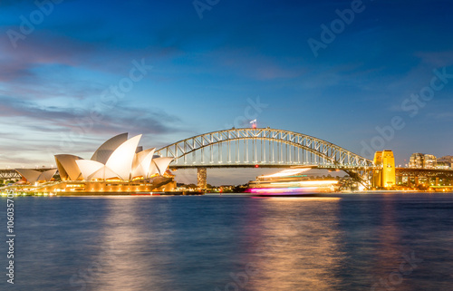 Staande foto Sydney SYDNEY - OCTOBER 23, 2015: Beautiful city panoramic skyline. Syd