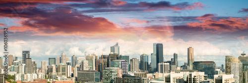 fototapeta na lodówkę Magnificence of Melbourne skyline. City panoramic view at sunset