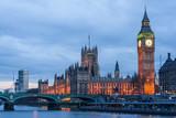 Fototapeta Londyn - Palace of Westminster, Big Ben clock tower and Westminster Bridge in  London