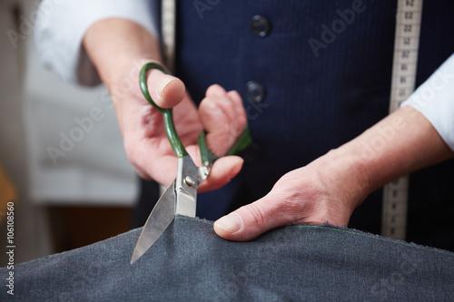 Foto op Aluminium Stof Cutting fabric
