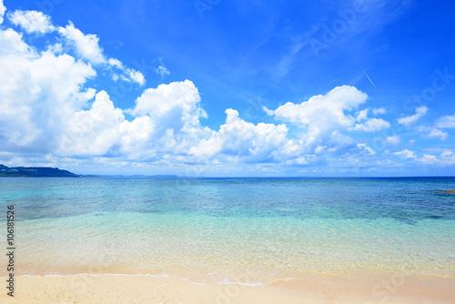 Fototapeta 沖縄の美しい海とさわやかな空 obraz