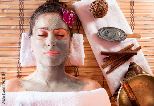 Fototapety, obrazy: Mud Mask On Face With Cinnamon And Tibetan Singing Bowl