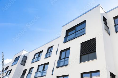 schlichter Neubau, Wohnungen