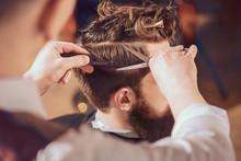 Professional Barber Styling Ha...