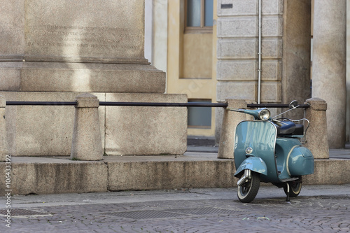 Spoed Foto op Canvas Scooter old Italian scooter