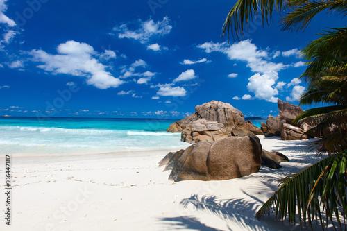 Foto op Aluminium Cathedral Cove Idyllic beach in Seychelles