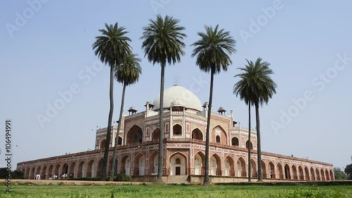 Fotografie, Obraz  Locked-on shot of the Humayun's Tomb, Nizamuddin East, Delhi, India
