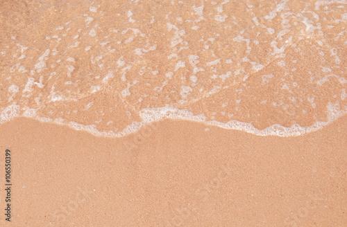 Foto auf Gartenposter Wasser Wave & Sand beach background
